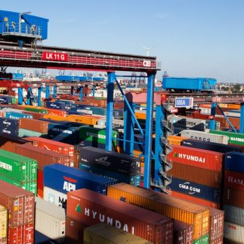 Port-of-Hamburg-Sees-Drop-in-Container-Volume